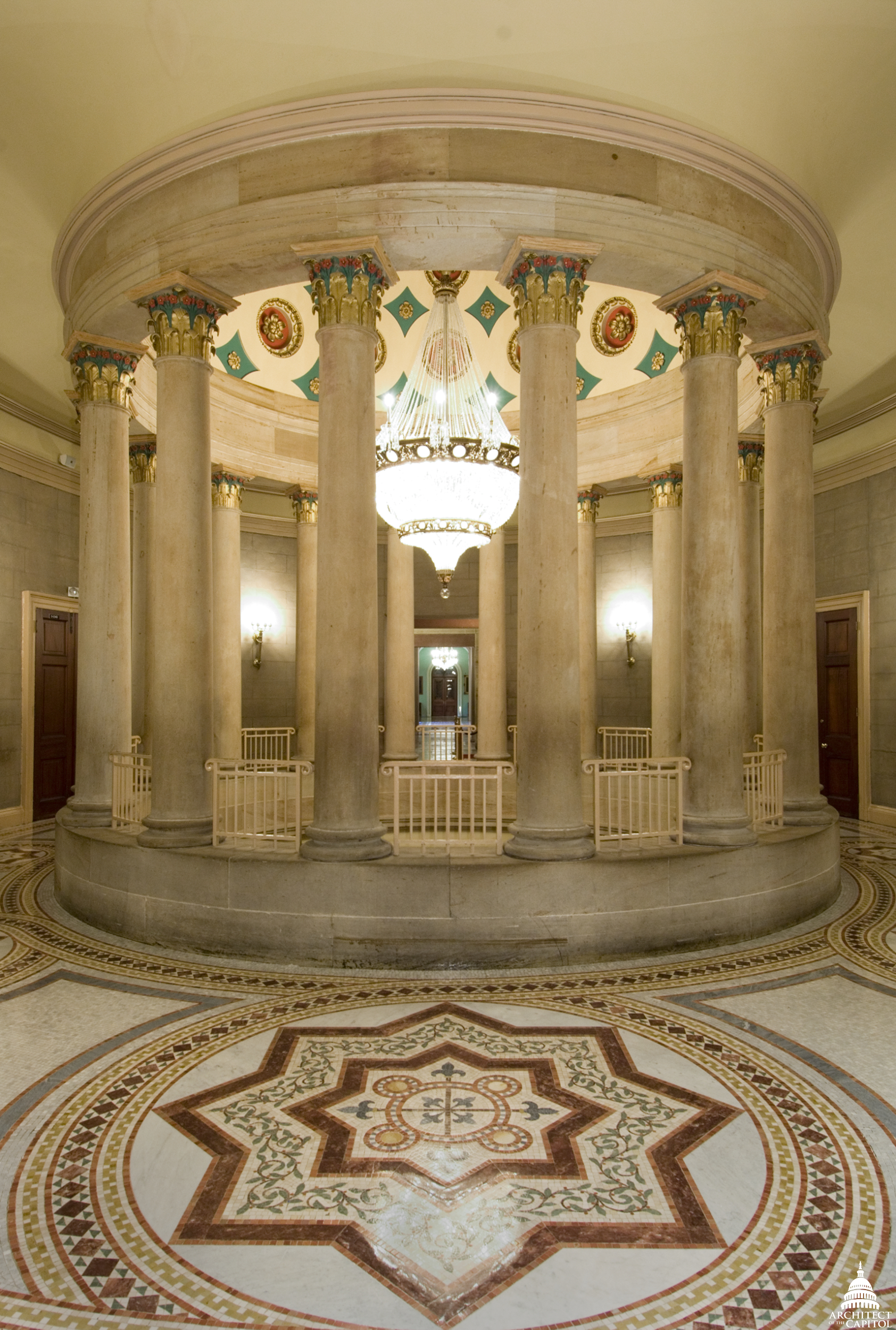 Photo of the small Senate rotunda.