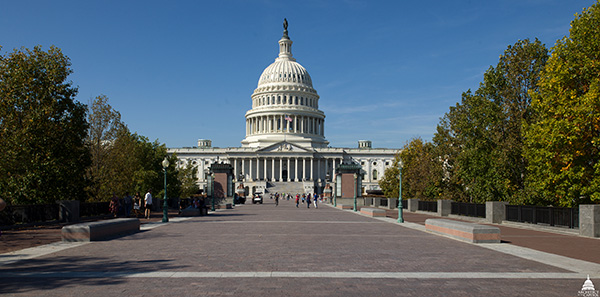 View approaching the U.S. Capitol from the East.