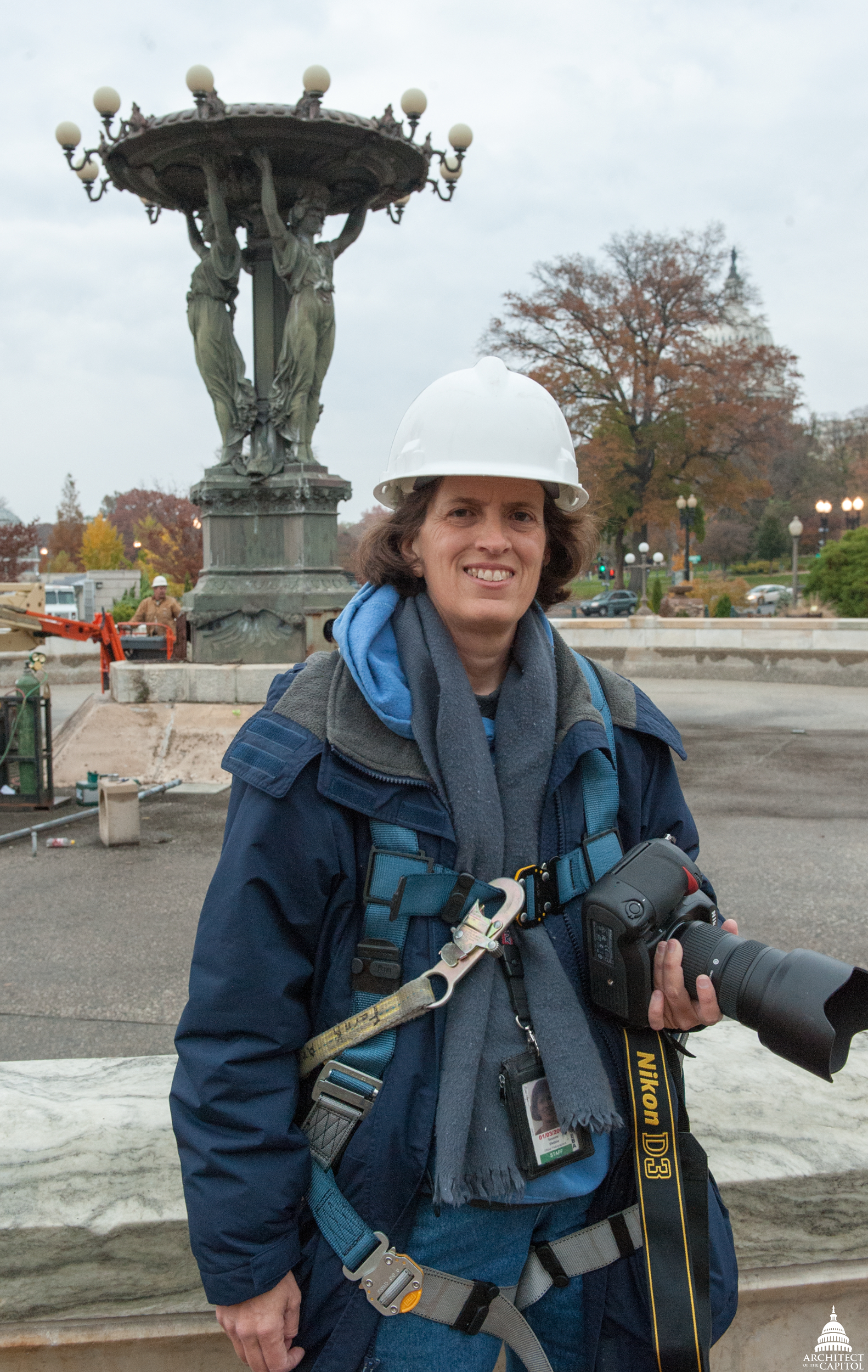 Susanne Bledsoe photographs Bartholdi Fountain.
