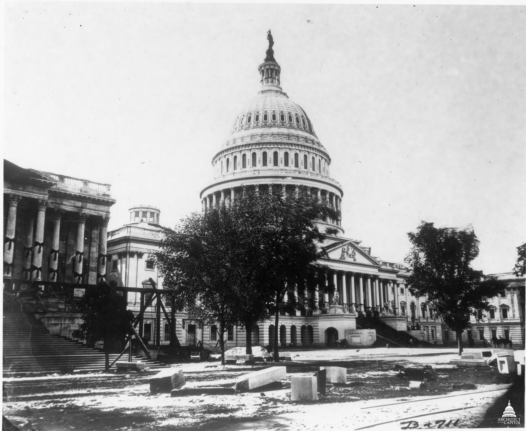 Capitol Exterior Draped in Mourning