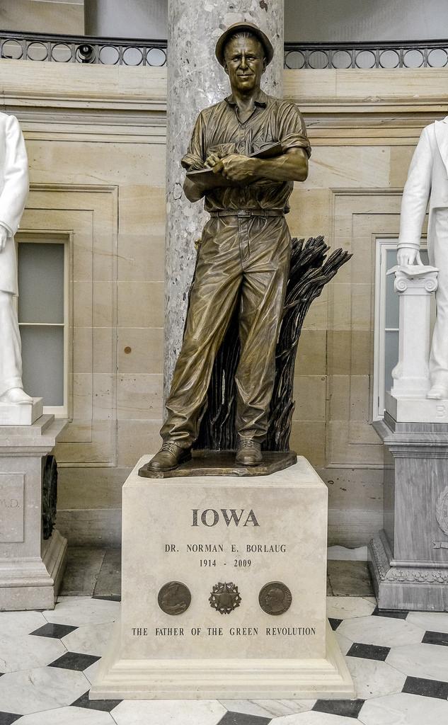 Dr Norman E Borlaug Statue In U S Capitol For Iowa Aoc