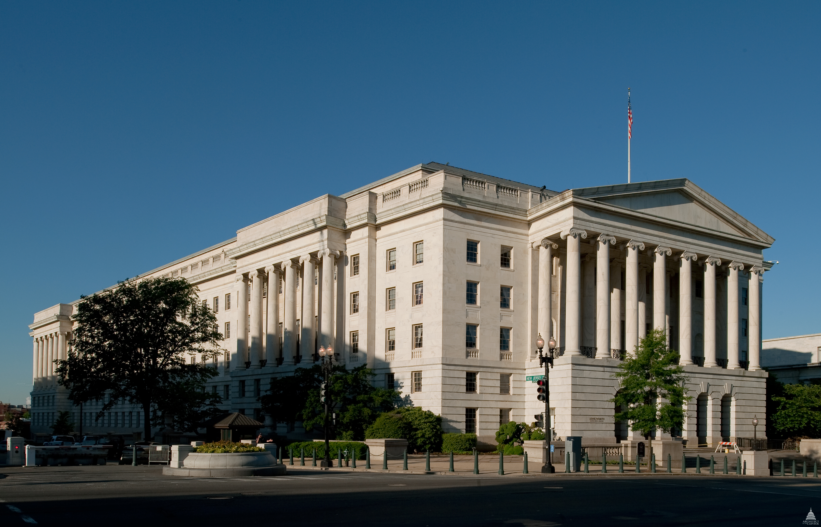 Photo of the exterior of the Longworth House Office Building.