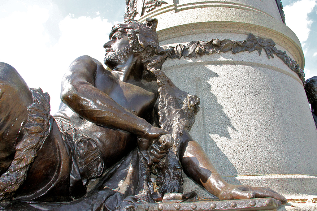 The bearded, middle-aged warrior figure of Garfield Monument.