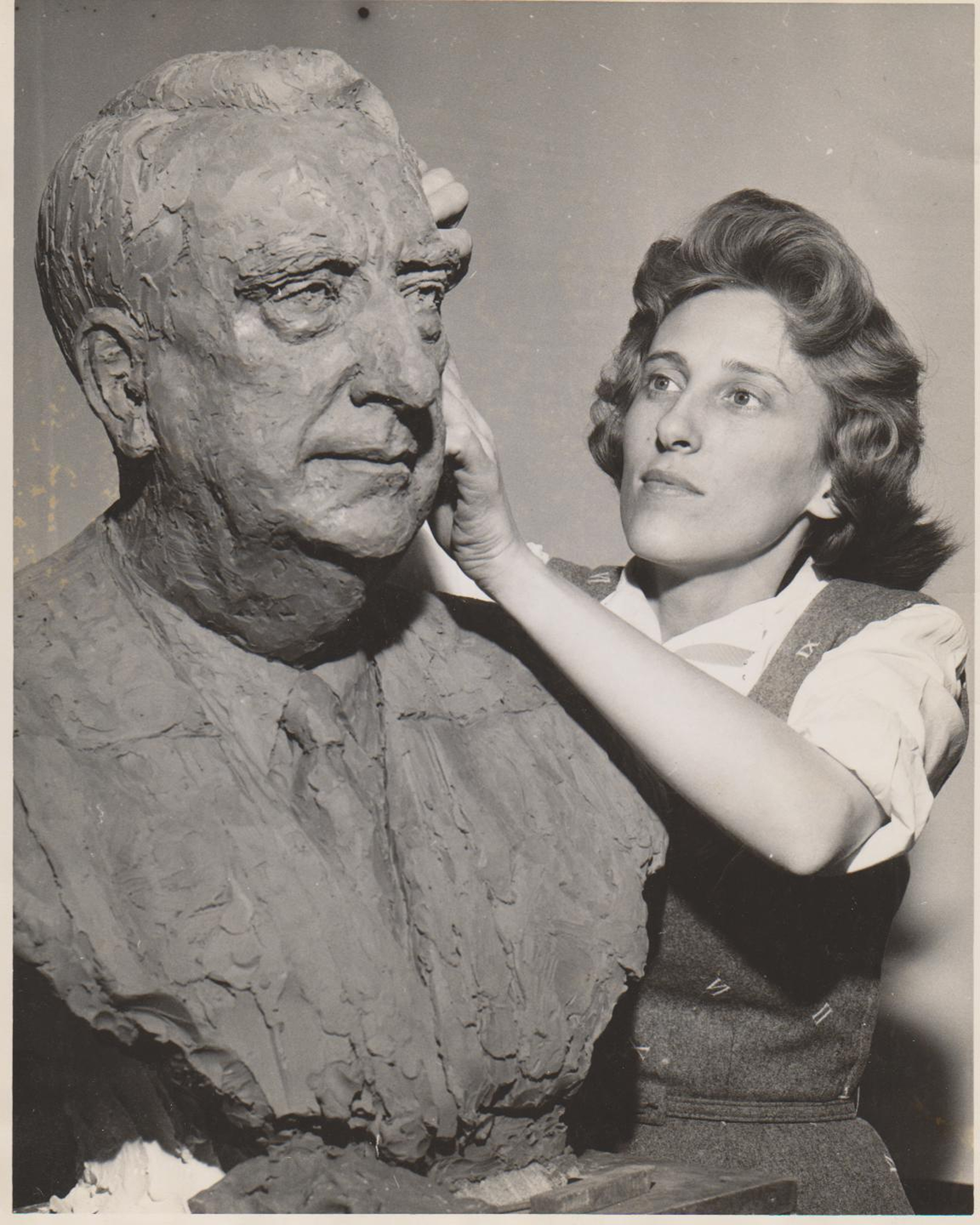 Jimilu Mason working on the bust of U.S. Chief Justice Frederick M. Vinson.