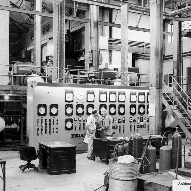 Black and white photo of the Capitol Power Plant's interior.